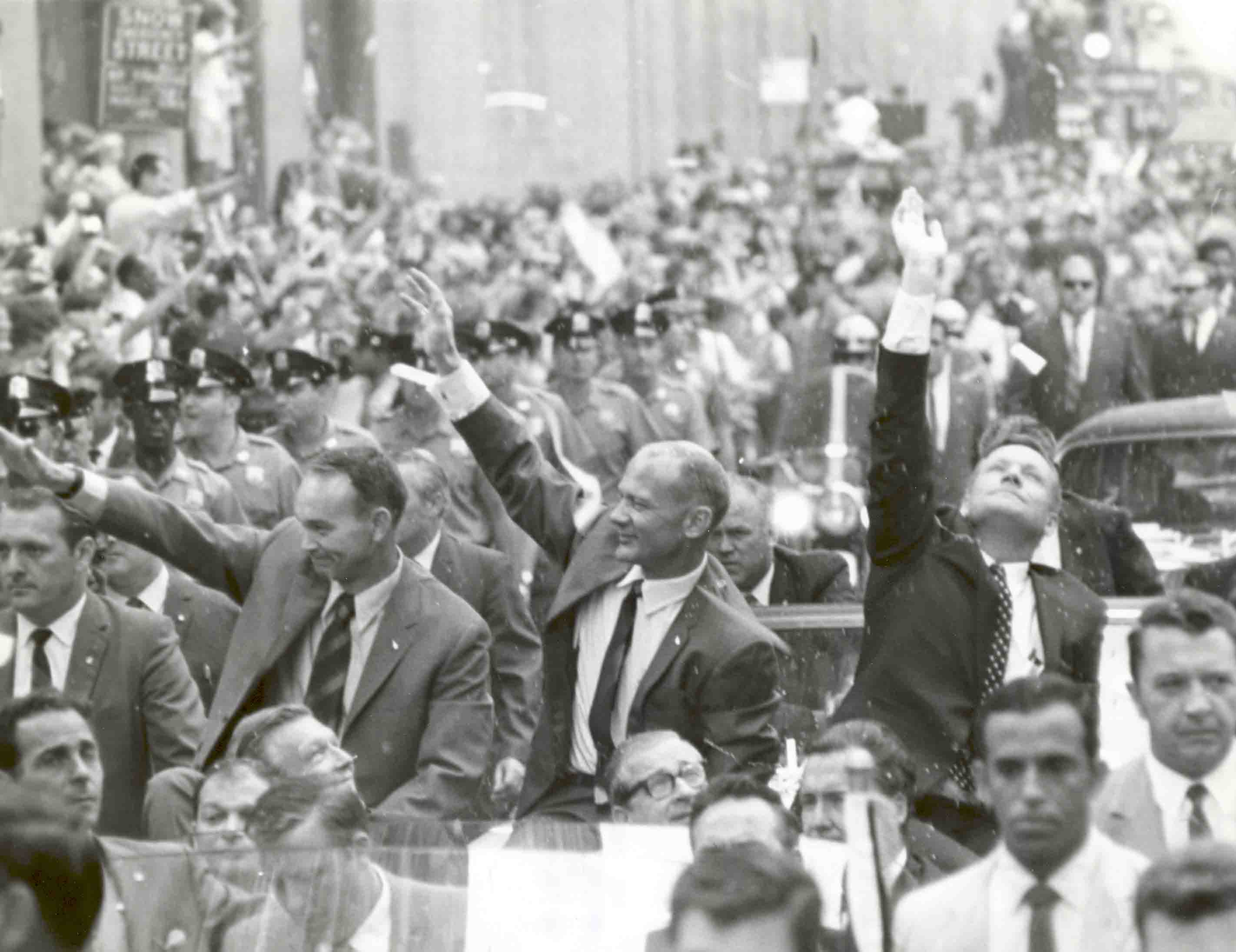 Farewell Neil Armstrong: UC's most famous, humble professor
