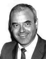 A photograph of University of Cincinnati alumnus and shoe-franchise head Saul Marmer