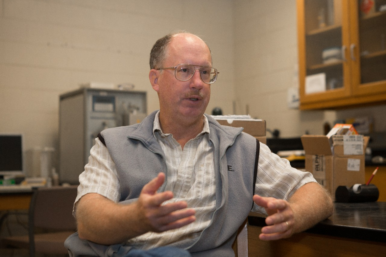 UC professor of geology Thomas Algeo created the prevailing theory for the mass extinction 250 million years ago at the end of the Devonian Period.