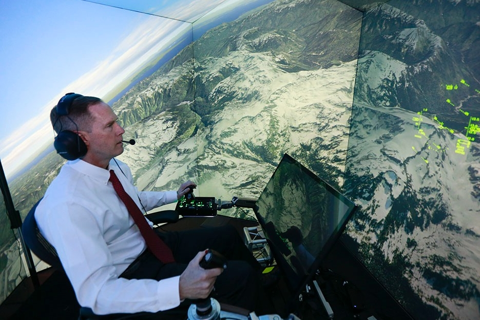 Gene Lee in flight simulator.