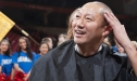 President Ono shaves head for charity