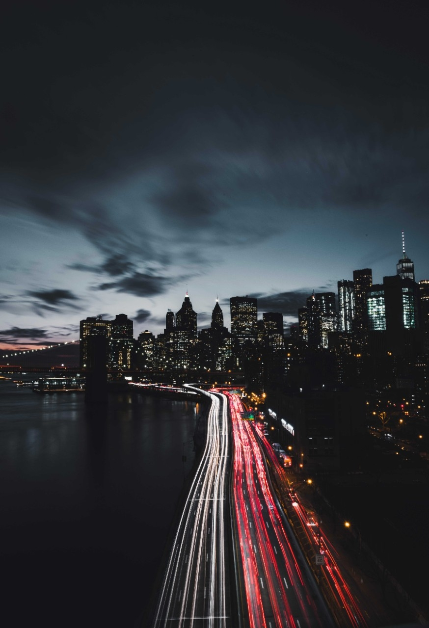 Fully autonomous vehicles will be able to perform all driving functions under all conditions, even in New York's rush-hour traffic. (Photo by Luke Stackpoole/Unsplash)