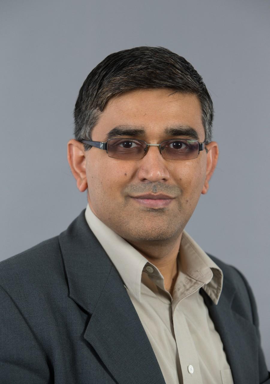 Manish Kumar headshot
