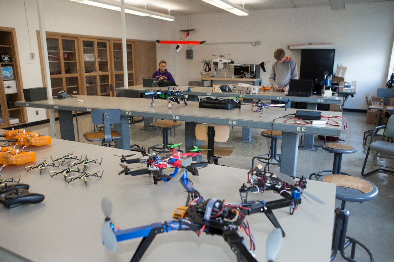 UC students research drones