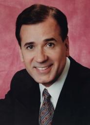 Color portrait headshot of Lee Roy.