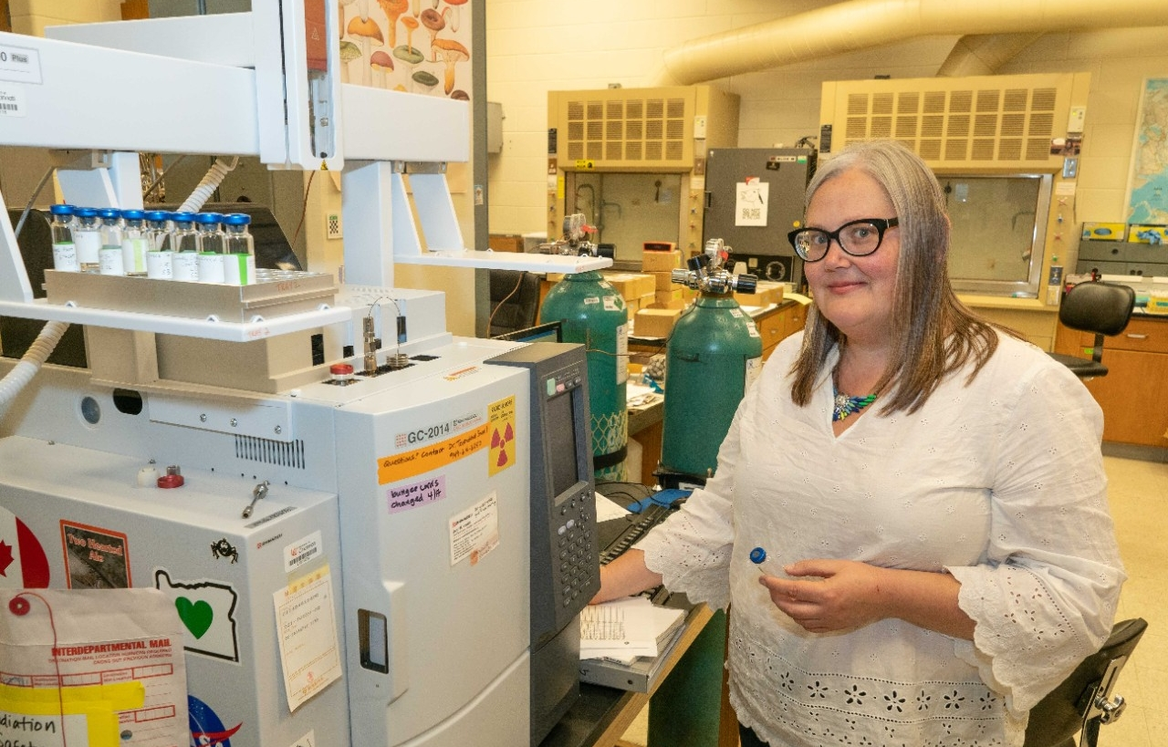 UC professor Amy Townsend-Small used gas chromatography to study methane in drinking water in Eastern Ohio.