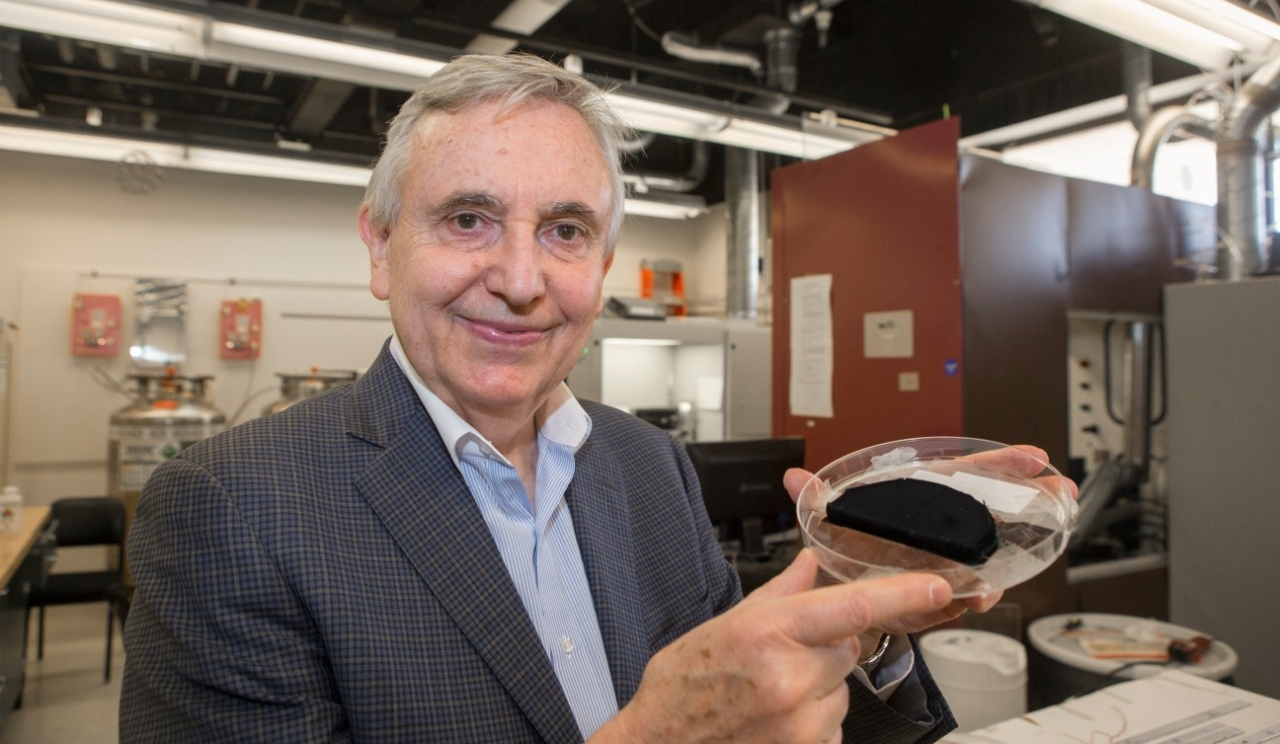 UC engineering professor Vesselin Shanov holds up a petri dish containing carbon nanotube fiber grown in his Nanoworld Laboratorires.
