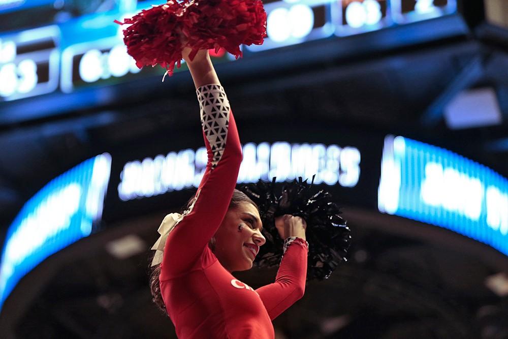 A UC cheerleader