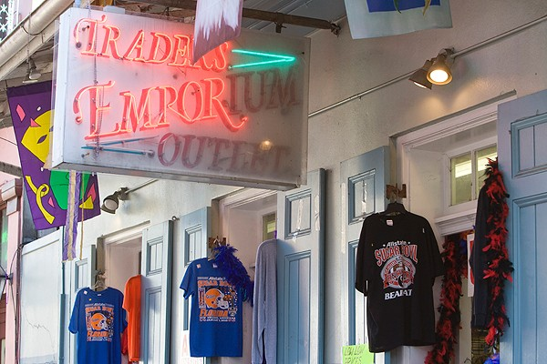A t-shirt shop on Bourbon Street sold gear for Bearcat and Florida Gator fans.