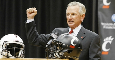 Tommy Tuberville is announced at the University of Cincinnati, Dec. 8, 2012.