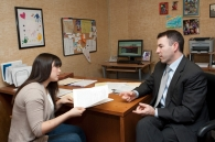 Law student meets with advisor