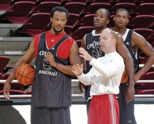 Mick Cronin and players