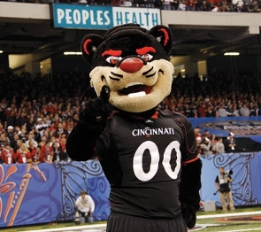 UC Bearcat mascot