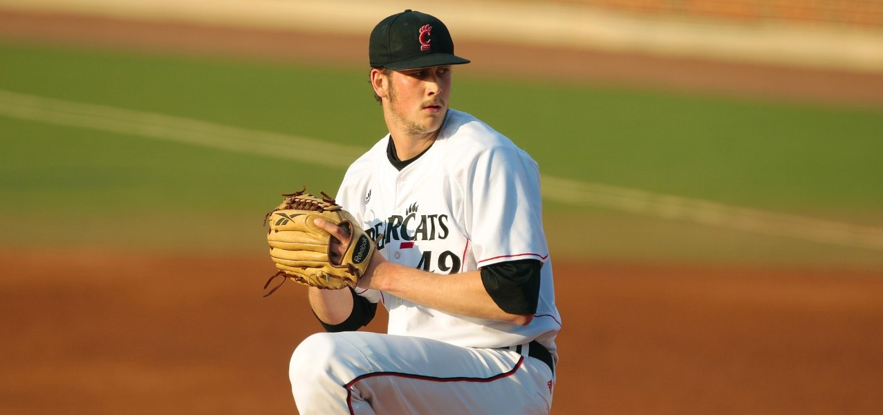 Dan Jansen pitches for the Bearcats baseball team