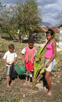 By facilitating the planting of 30 family vegetable gardens, Erin Wagner improved small-scale food production in Dominican Republic households that had young children.