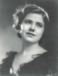 Mary Lou Eich headshot