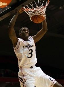 Shaq Thomas scores a basket