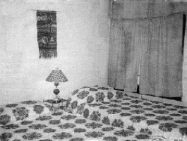The two beds shown in the same 1966 dorm room.