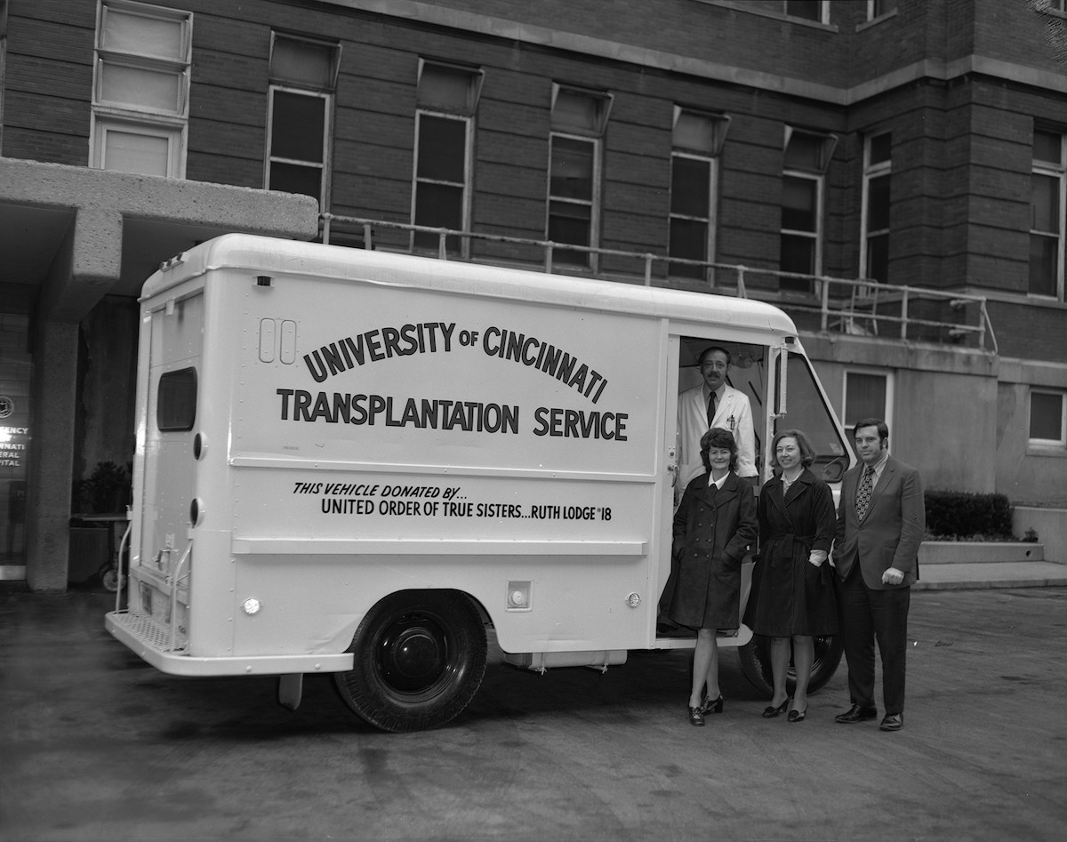 Image from late 1960s shows the first organ donation truck