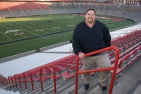 Dennis Hubbell, Bus '95, is a UCAA life member from Jacksonville, Fla., and a UCART volunteer.