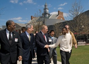 Governor visits campus