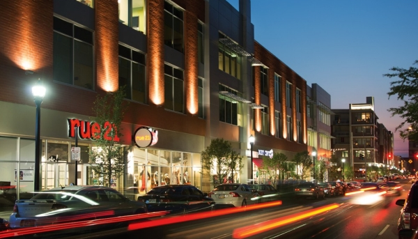A complete changed street that aligns with the University of Cincinnati has new shops, restaurants, bars and places to gather.