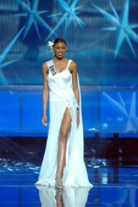 Aisha Berry at the 2005 Miss USA Pageant photo/courtesy of Miss Universe L.P., LLLP