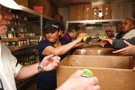 Feeding America volunteers at the Jewish Family Services Food Pantry