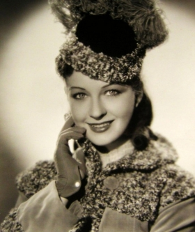 Evelyn Venable in coat and hat