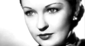 Close-up of Evelyn Venaable