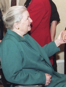 Louise Nippert at a reception in 2001.
