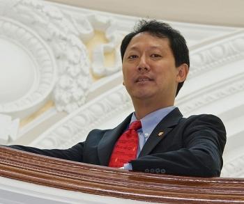 UC's interim president Santa Ono