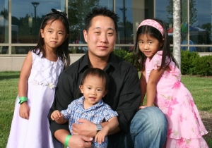 Lee with his children Kalena, Logan and Kira