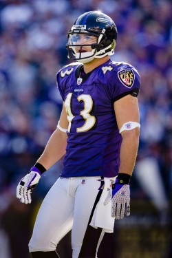 Lee represents UC grad Haruki Nakamura, Ed '08, who has had a successful NFL career -- first with the Baltimore Ravens and now with the Carolina Panthers.