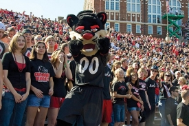 Bearcat leading cheers