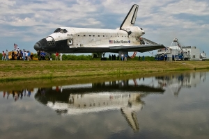 "Space Shuttle Atlantis after ""wheels stop"" on July 21, 2011. photo/Bob Egleston"